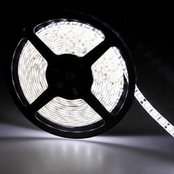 5m 12V Led Stripe White 6500K dimmable SMD 5050 14.4W/m flexible 60leds/m  - EEK: A+ (Spektrum: A bis A+++)